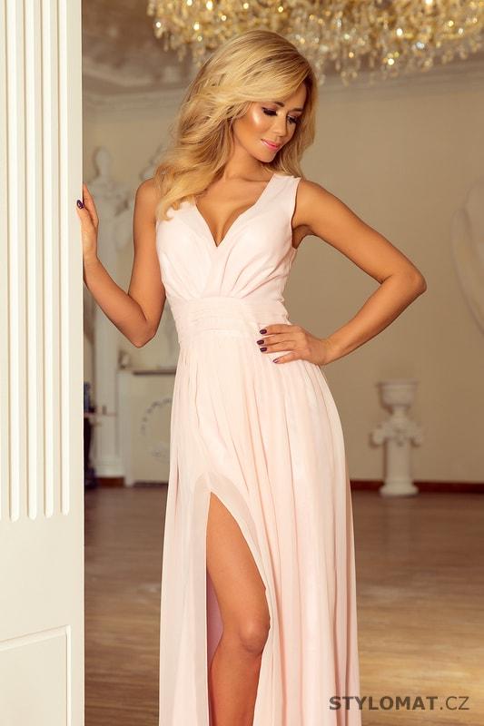 3a4b6ff06ccf Maxi šifonové šaty s rozparkem pudrové. Zvětšit. Previous  Next
