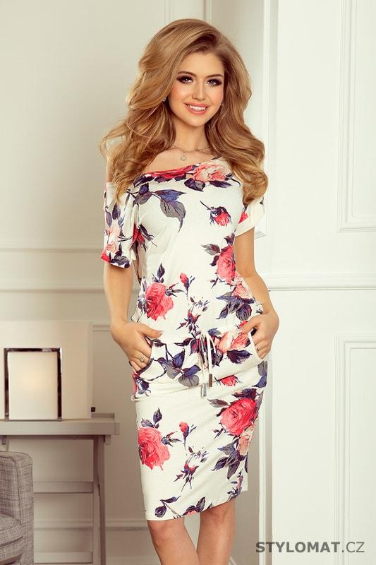 aa45fdac1 Sportovní šaty s krátkými rukávy, knoflíky a kapsami vzor velké červené  květy - Numoco - Sportovní šaty