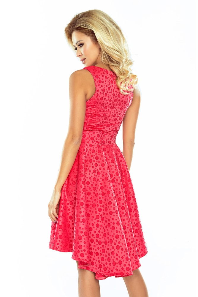 98b177423db9 Dámské elegantní šaty - BAZAR - Numoco - Bazar - i-moda.cz