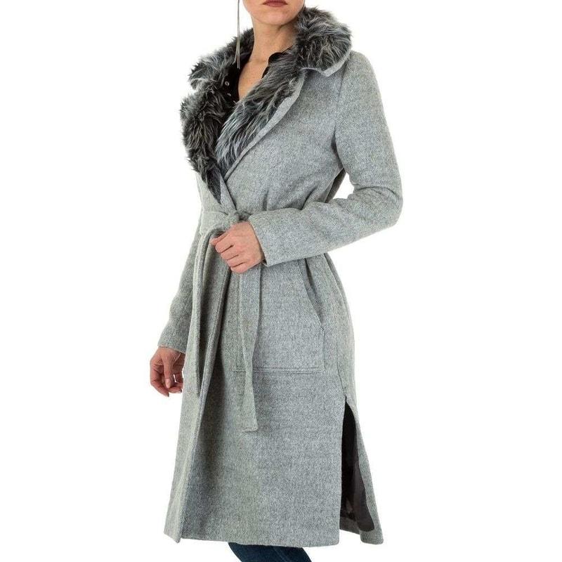 a10d993011 Dámský kabát s kožešinkou - EU - Dámské kabáty zimní - i-moda.cz