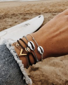 Náramek Silver Shell Simple bracelet