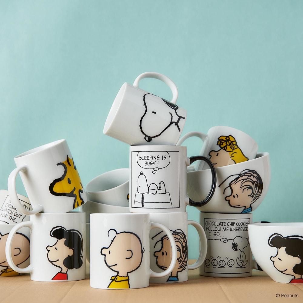 Produktové foto PEANUTS Hrnek Charlie Brown