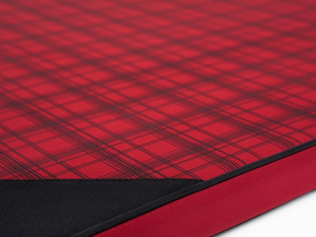 Podložka pro psa Reedog Thin Red Strips - L