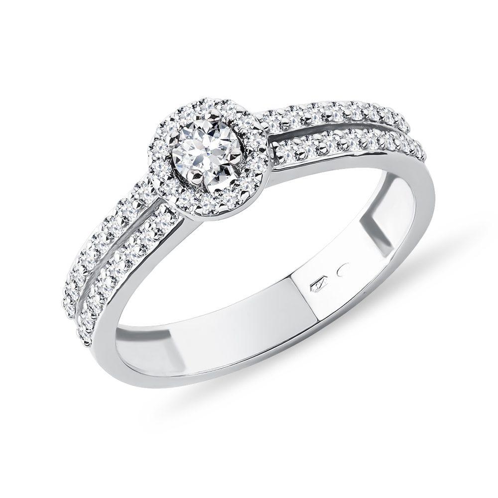 Zásnubní prsten ve zlatě s diamanty KLENOTA
