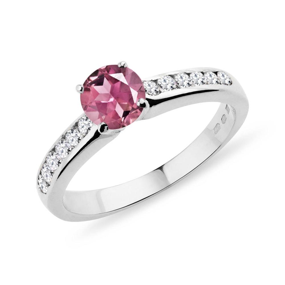 Zlatý prsten s diamanty a turmalínem KLENOTA