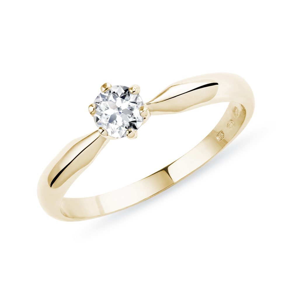 Zásnubní prsten ze žlutého zlata s briliantem KLENOTA