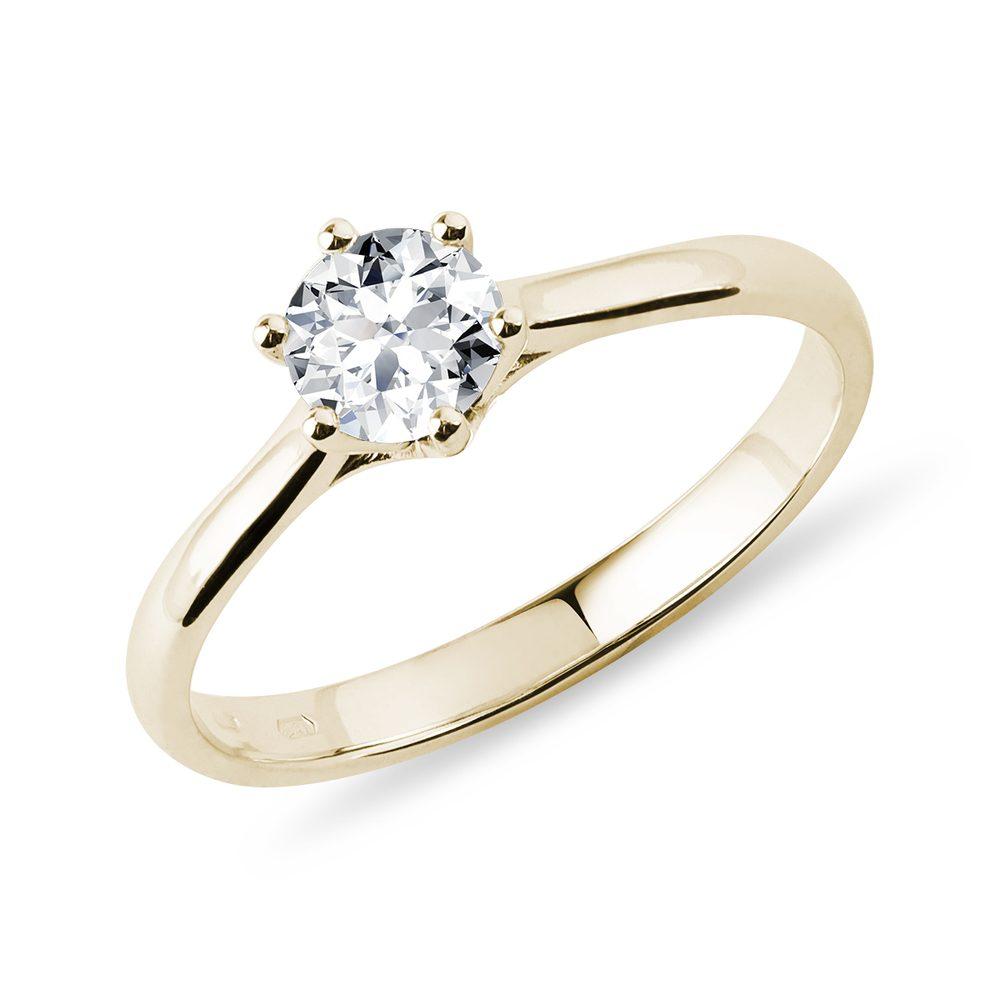 Zásnubní prstýnek ze žlutého zlata s 0,5ct briliantem KLENOTA