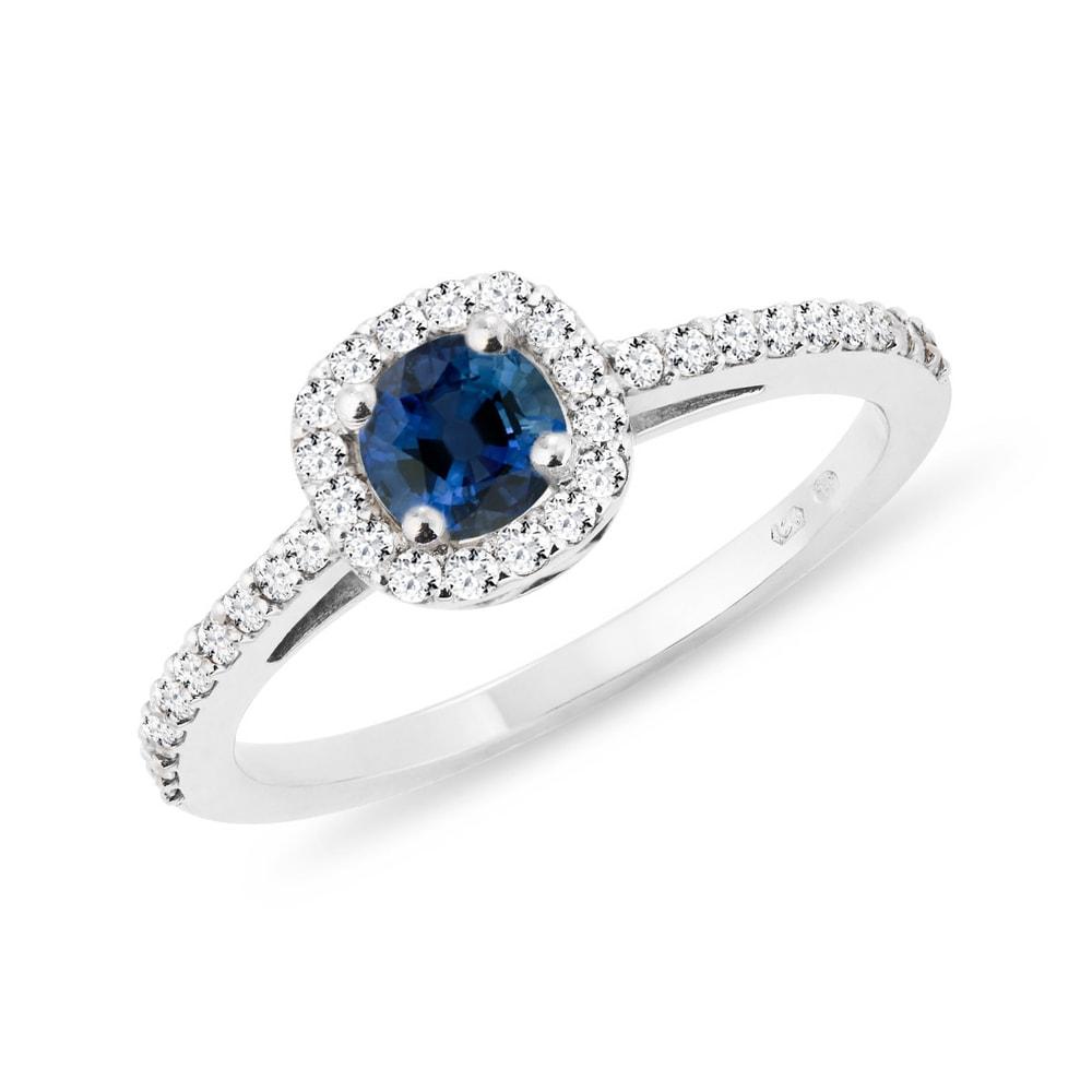E-shop Zásnubní prsten se safírem a diamanty