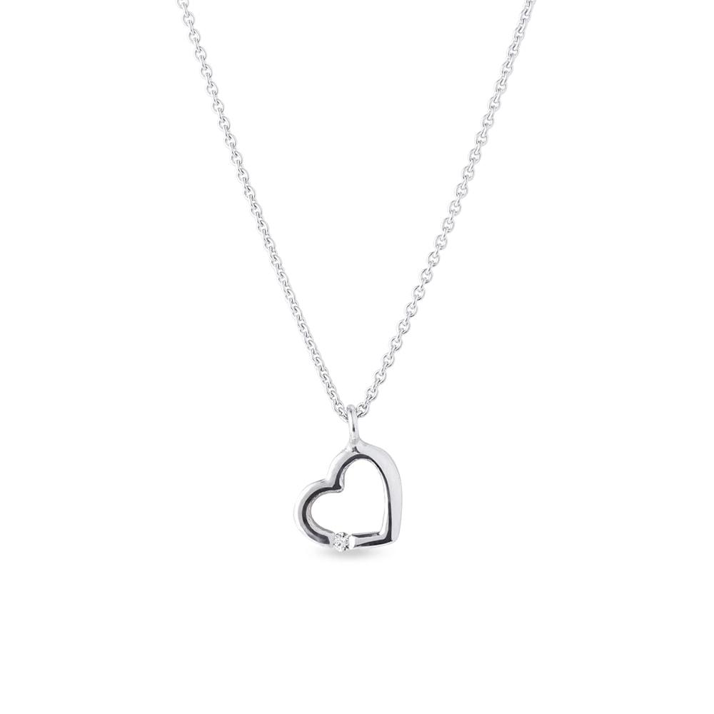 Přívěsek ve tvaru srdce s diamantem KLENOTA
