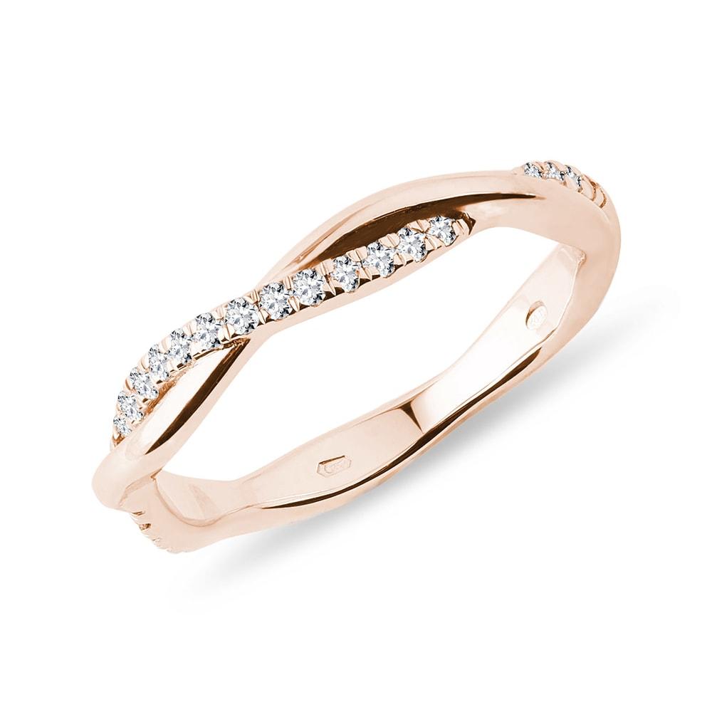E-shop Diamantový prstýnek v růžovém zlatě
