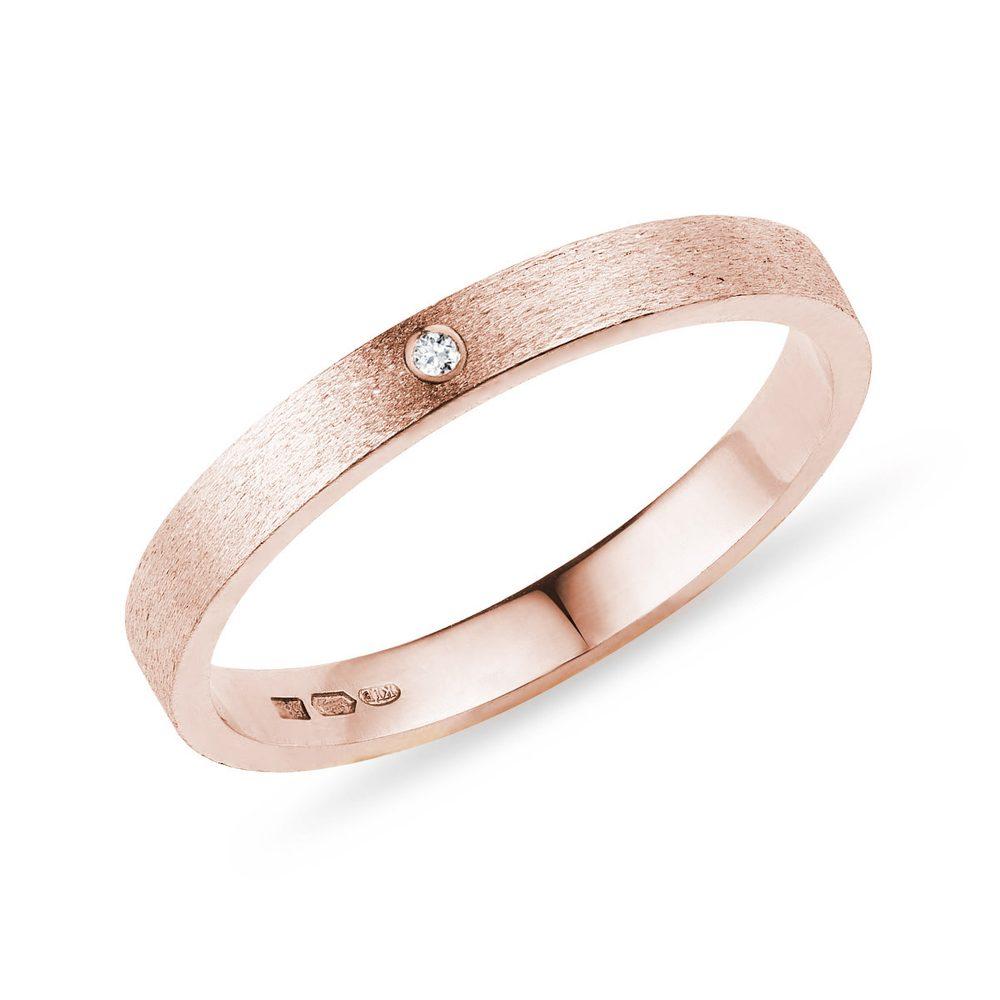 Snubní prsten s briliantem KLENOTA
