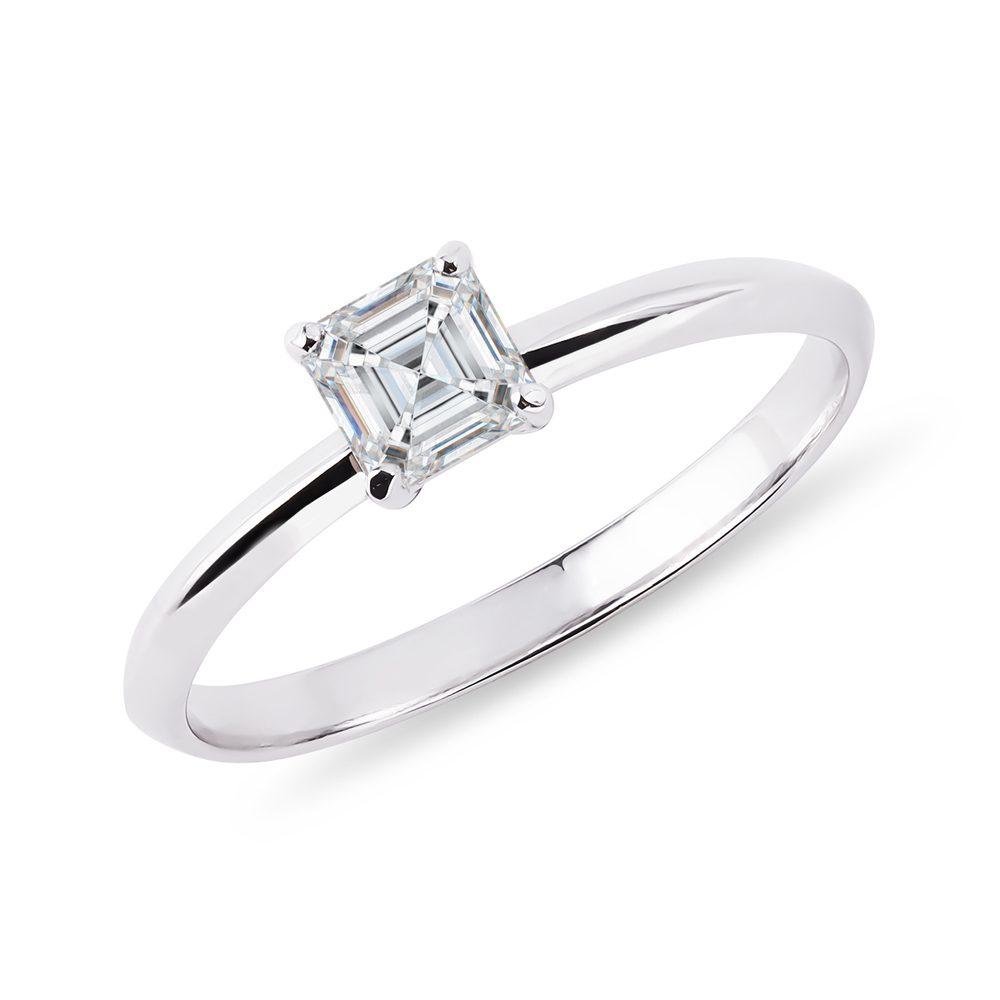 E-shop Prsten s diamantem v brusu asscher v bílém zlatě
