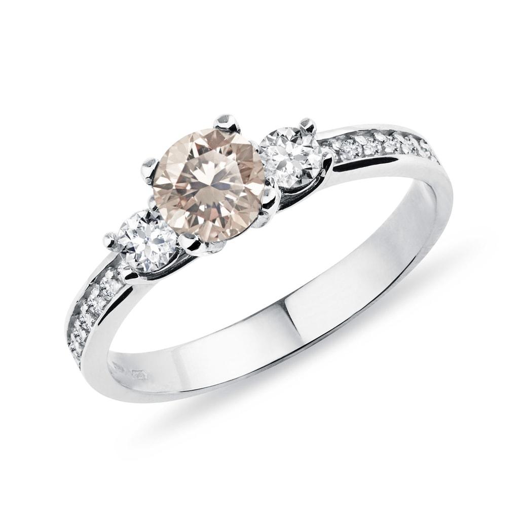 f49b4ee46 Zlatý prsten s champagne diamantem | KLENOTA