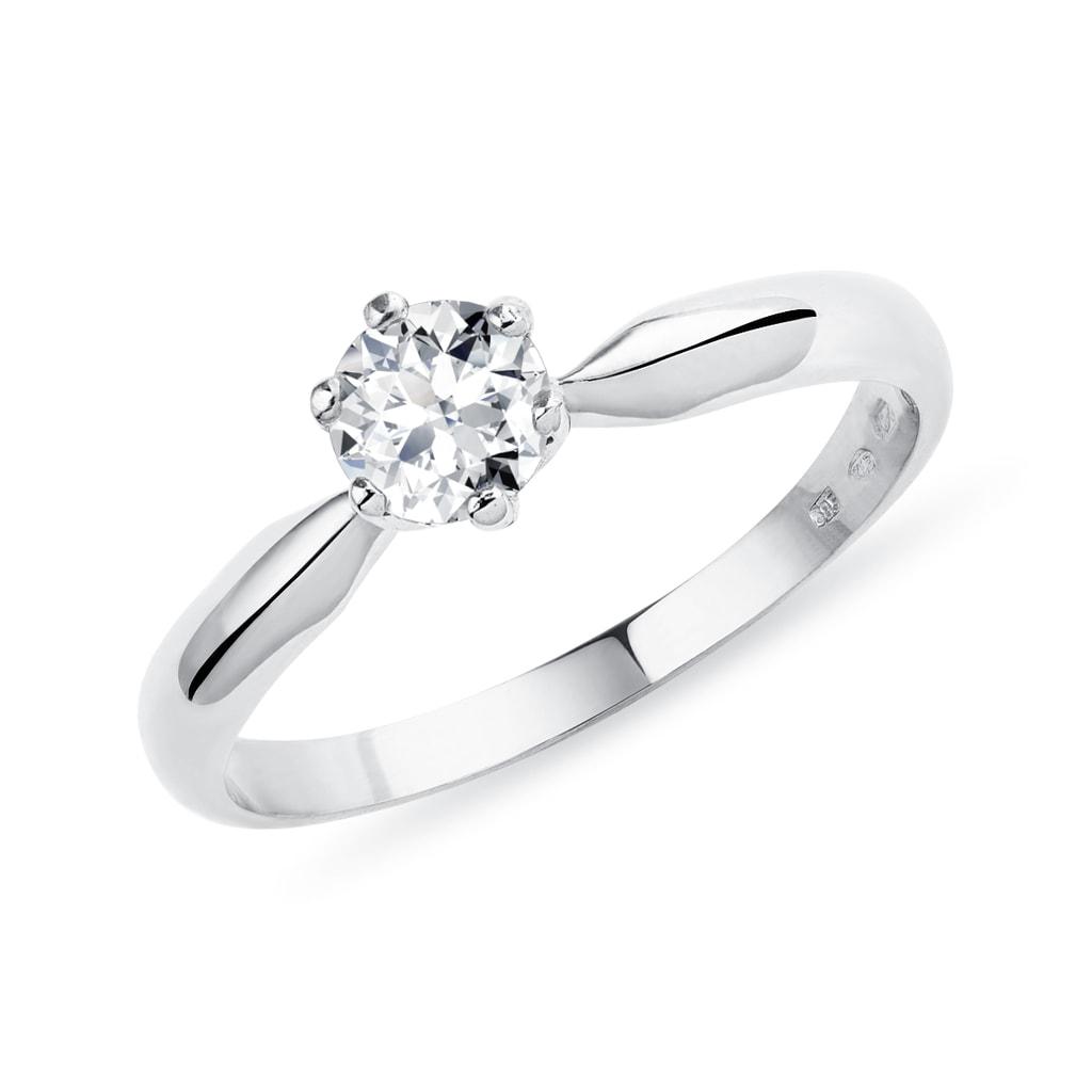 65fae253b Klasický zásnubní prstýnek v bílém zlatě s diamantem | KLENOTA