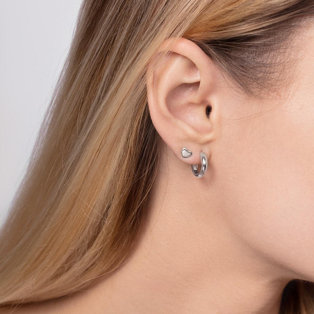 boucle d'oreille minimaliste