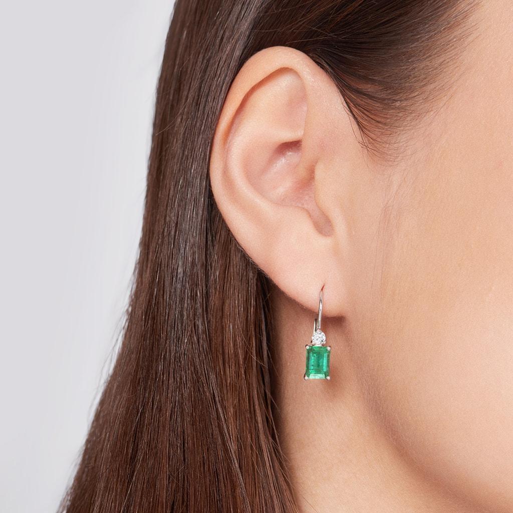 5bc3f45ef Zlaté náušnice se smaragdy a diamanty | KLENOTA