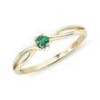 Emerald ring in yellow gold