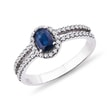 WHITE GOLD RING WITH A SAPPHIRE AND DIAMONDS - SAPPHIRE RINGS{% if kategorie.adresa_nazvy[0] != zbozi.kategorie.nazev %} - RINGS{% endif %}
