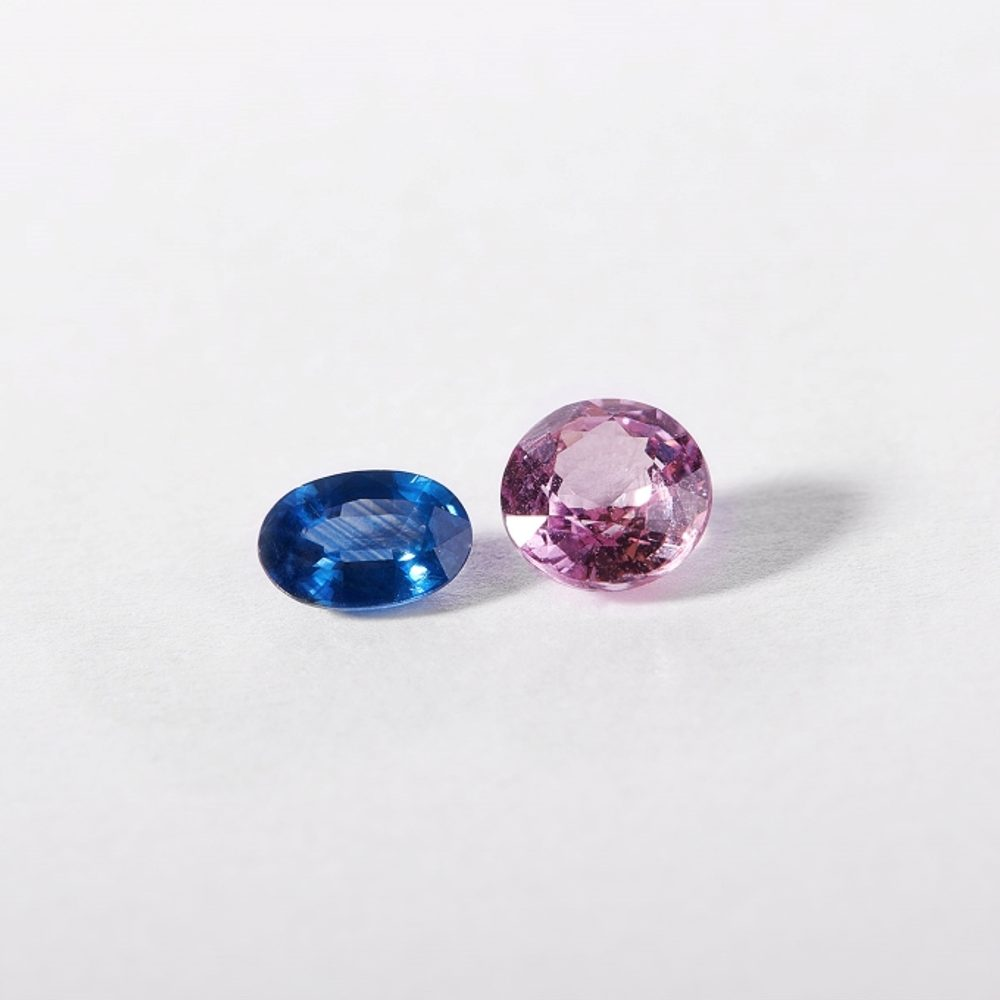 Sapphires in all the colours of the rainbow