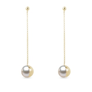 Pearl drop earrings in yellow gold