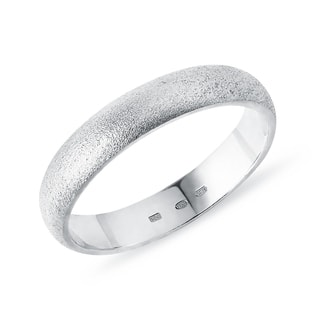 Men's ring in sandblasted white gold