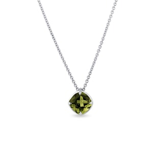 Moldavite necklace in white gold
