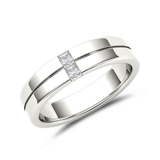 Men's diamond ring in 14kt white gold