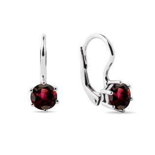 Round garnet earrings in white gold