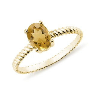 Vintage citrine ring in yellow gold