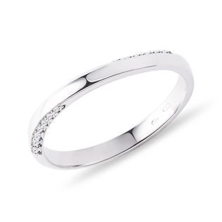 Wave wedding ring with diamonds in white gold