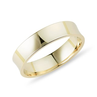 Unique men's ring in yellow gold
