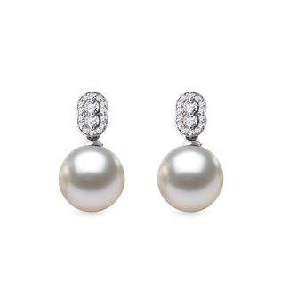 Diamond earrings with pearls in white gold
