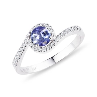 Bague en or blanc avec tanzanite et diamants