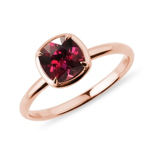 Rhodolite ring in rose gold