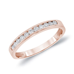 Wedding ring with diamonds