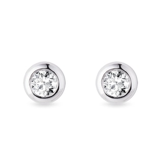 4.5mm bezel earrings with diamonds in white gold