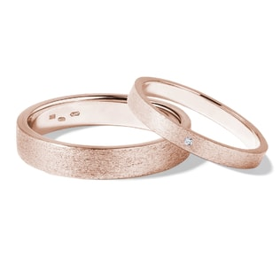 Diamond wedding rings in 14kt rose gold