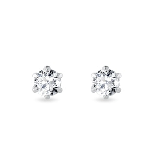 Carat stones with diamonds in white gold
