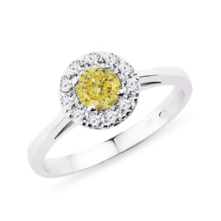 Engagement ring with a yellow diamond