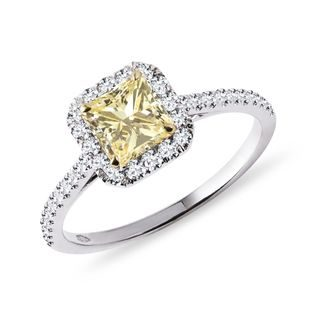 Luxury yellow diamond ring