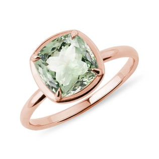 Green amethyst ring in rose gold