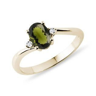 Moldavit Ring mit Diamanten in Gelbgold