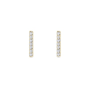 Minimalist diamond earrings in gold