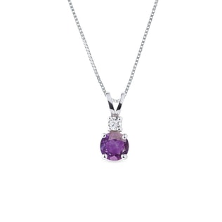 Amethyst necklace in white gold