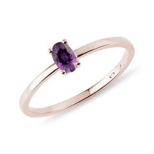 Minimalist amethyst ring in rose gold