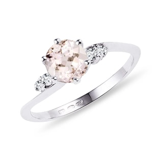 Morganite and diamond ring in white gold