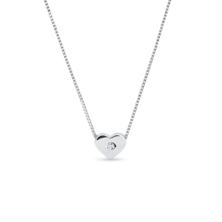 Heart charm in 14kt white gold