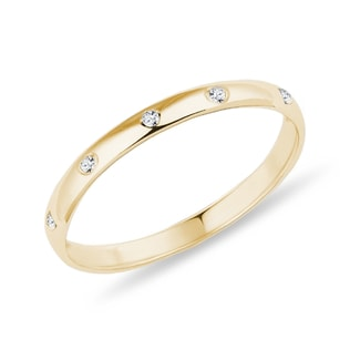 Diamond ring in 14kt yellow gold