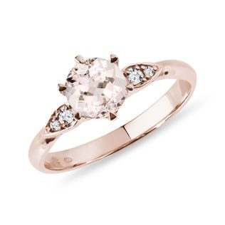 Diamond and morganite ring in rose gold