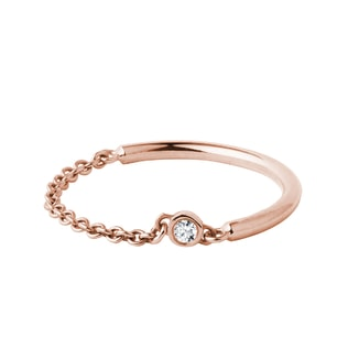 Diamond bezel chain ring in rose gold